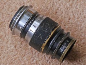 Leitz 9cm f4 Elmar lens in Leica screw mount