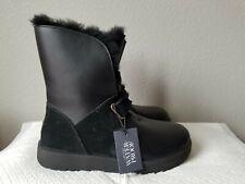 New Women's UGG Isley Waterproof sheepskin boots. sz8. RT$250.