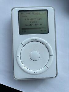  Apple iPod classic 2nd Generation White (20GB) A1019 Rare Retro Collectible