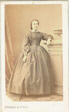 Photo cdv : Burgaud , Mademoiselle Henriette Artaud en pose , vers 1865