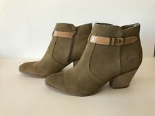 Seychelles Women's Take Notice Booties Size 7.5 Sand Leather Heeled Side Zip