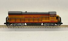 Bachmann N scale GE U28 Union Pacific / UP 824 rated C-2 (mechanism)