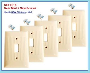 5 nMINT Vintage Ribbed IVORY Bakelite Switch Wall Plate Cover MCM SCREWS 1950s