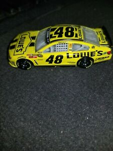 2013 Jimmie Johnson 1/64 Lowe's Yellow Daytona LOOSE