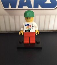 The Art of the Brick Nathan Sawaya Signature Minifigure Rare