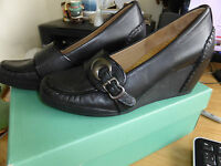 CLARKS GLINTING LIGHT LEATHER WEDGE SHOES SIZE 6D