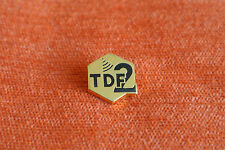 13861 PIN'S PINS TDF RADIO TV TELE SATELLITE TDF2
