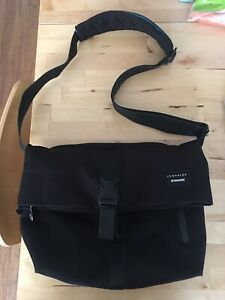 Crumpler Messenger Bag - Black