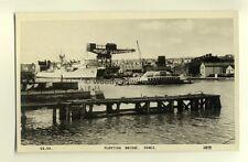 h0134 - JS Whites Shipyard & Floating Bridge , Cowes , Isle of Wight - postcard