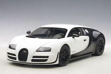 1:18 AUTOart BUGATTI VEYRON 16.4 SUPER SPORT PUR BLANC EDITION (MATT WHITE/BLACK