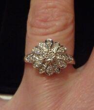 9CT GOLD DIAMOND FLOWER CLUSTER RING 2.9g