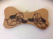 Dog Lead Hanger - Pyrograved (6.5 x 3.5 inches)