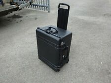 PELI 1620 Protector wheeled case , Very good condition, with inner foam,