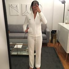 JUICY COUTURE WHITE ZIP UP HOODIE & PANT SET, SIZE S TOP & SIZE P PANTS