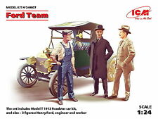 ICM 24007 Ford Team. Ford Model T + 3 Figures 1/24 Scale model kit