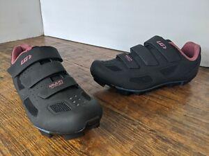 Louis Garneau multi flex womans air flex size 40 USA 9 Pink and Black NWOB