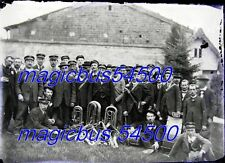 1 x GRANDE PLAQUE VERRE PHOTO NEGATIF FANFARE COMMUNALE Village de la MEUSE 1920