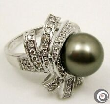Heavy Solid 18K Gold Ring, Sparkling Diamond & AAA Tahitian South Sea Pearl R137