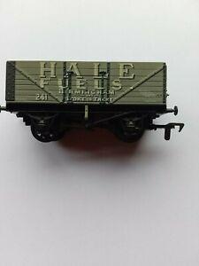 Airfix MODEL RAILWAYS OO GAUGE - WAGON- Hale Fuels-Birmingham no box