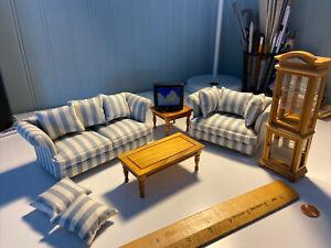 miniature dollhouse living room set
