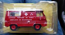 Camion Peugeot J7 AR Paris  1/43 pompier