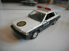Yonezawa Diapet Nissan Cedric 4 Dht V6 Brougham Police in WHite/Black
