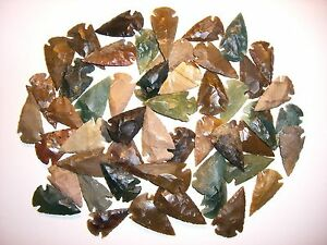 25 Pfeilspitzen Steinzeit Indianer Achat/ Jaspis zwischen 2,5-4,0cm