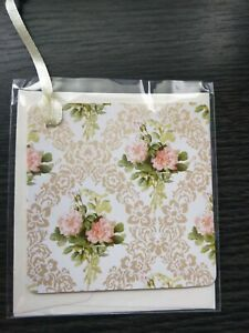 mini floral gift card tag with envelope
