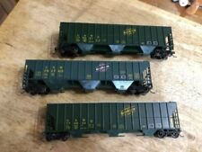 CNW 54' HO scale grain cars. Roundhouse, and Athearn