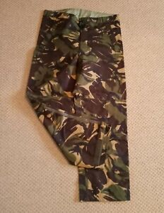 BRITISH ARMY GORETEX WATERPROOF OVER TROUSERS in DPM WOODLAND CAMO size 75/80/96