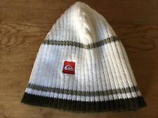 New - Hat QUIKSILVER Gorro - 100% Acrilic - Blanco y Verde - Nuevo