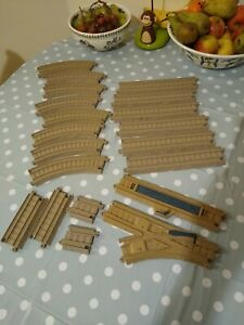 Bundle of Thomas The Tank Engine Tomy Trackmaster Train Track Brown Beige