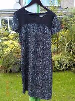 'SOLO' BLACK LACE-LIKE DRESS WITH MESH AT FRONT NECKLINE-SIZE 14-NEVER WORN