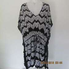 CITY CHIC Black & White Abstract Kimono Styled Tie Waist Top/Dress - Sz M - EUC