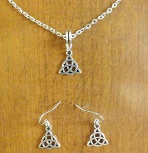 Satz Silber Schleife von Der Dreifaltigkeit Oder Triquetra (Symbol Celtic) 17x15