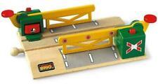BRIO Bahn 33750 Magnetische Kreuzung Holzspielzeug