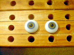 a pair vintage solid doll glass eyes 20 mm for bisque doll doctor age1910 A 4983