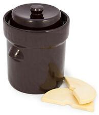 TSM German-Style Harvest Fermentation Crock with Weights - 10 Liter/2.6 Gallon