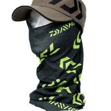 Daiwa Head Sock Head Tube black and green for protection against wind and sun