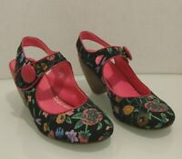 Not Rated Women's Size 7.5 Shoes Mary Janes Pink And Black Floral