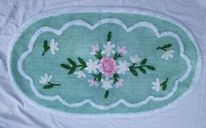 Vintage Chenille Rug Oval Foam Green and White Pink Flowers 27 X 47