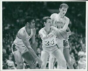 Circa 1970 Keith Erickson Los Angeles Lakers Original News Service Photo