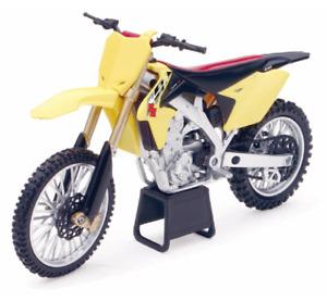 2014 Suzuki RM-Z450 1/12 Toy Motocross Dirt Bike Yellow Model by New Ray 57643