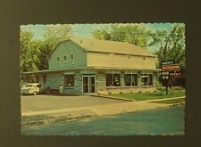 Howard's Restaurant Watertown NY Bar B Q Seaway Route 11 Mill St VTG Postcard