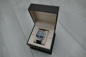 Huawei W1 Classic Smartwatch - silver, boxed