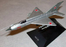 1:120 MiG-21 Soviet Airplane Die cast model & 4 Magazine DeAgostini
