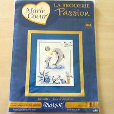 kit broderie Passion - MARIE COEUR - MARGOT - motif Jeux de dauphins