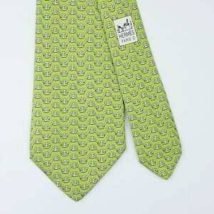 HERMES TIE 5325 TA Chaine d'Ancre on Lime Green Classic Silk Necktie