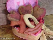 Primitive Valentine Hugs Kisses Hearts Ornies Bowl Filler Cupboard Paper Pattern