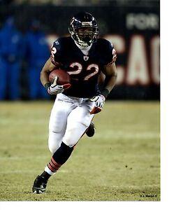 "8x10 photo football Matt Forte Chicago Bears ~ ""Running the 'Rock'"" Game Action!"